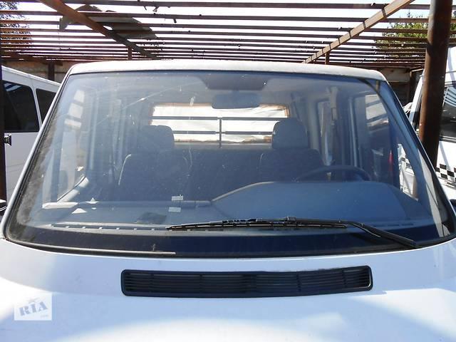 купить бу Стекло лобовое/ветровое Mercedes Sprinter Мерседес Спринтер 903, 2.2; 2.7 CDI OM611; 612 (2000-2006 г.в) в Ровно