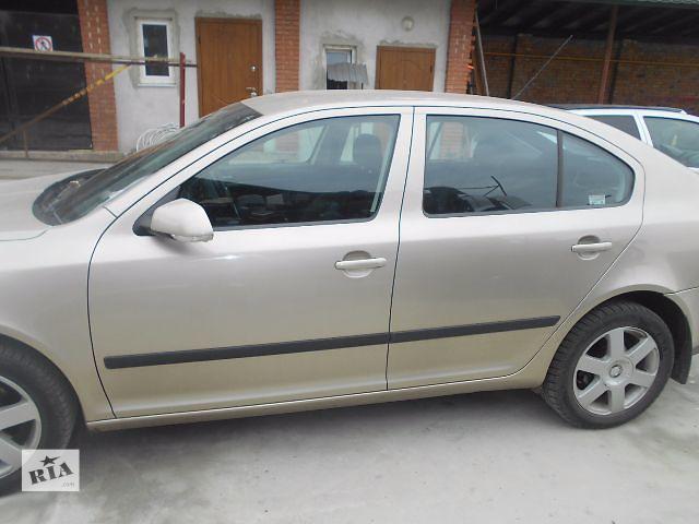 бу Стекло двери для хэтчбека Skoda Octavia A5 2005 в Львове