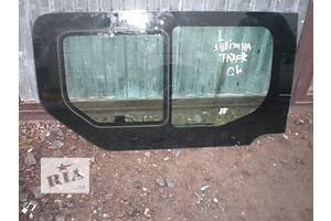 б/у Стекло в кузов Renault Trafic