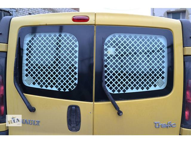 Стекло задней двери на Renault Trafic, Opel Vivaro, Nissan Primastar- объявление о продаже  в Ровно