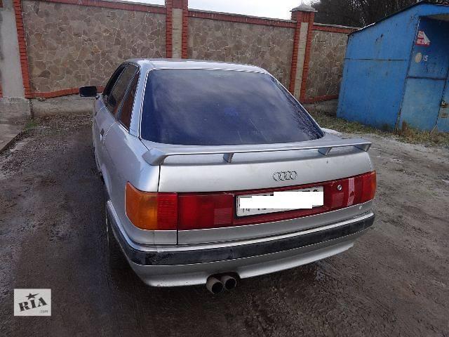 купить бу Стекло в кузов Audi 90 Седан 1991 в Львове