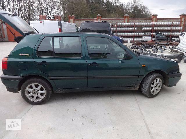 купить бу Стекло в кузов для Volkswagen Golf IIІ Хэтчбек 1997 в Львове