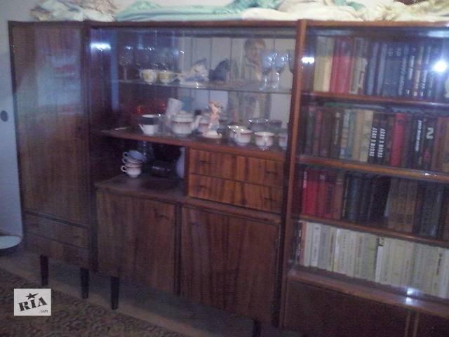 продам стінка:сервант, книжкова шафа, пенал,тумба під телевізор   бу в Тернополе