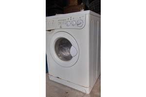 б/в Фронтальні пральні машинки Indesit