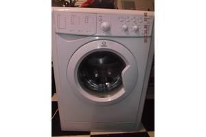 б/у Фронтальные стиральные машинки Indesit