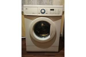 Фронтальні пральні машинки LG