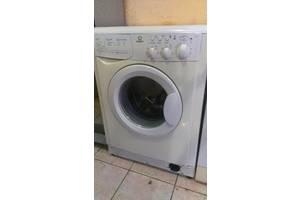 б/в Фронтальные стиральные машинки Indesit