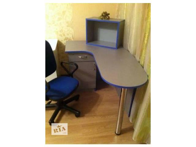 бу Стол компьютерный+кресло бесплатно в Киеве