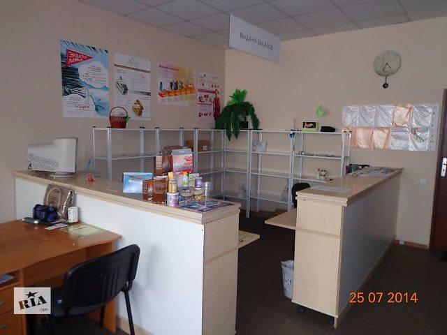 купить бу Стол,стойка-рецепция в Донецке