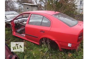 Стойки кузова средние Skoda Octavia