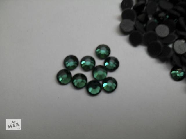 бу Стразы DMC Dark green, ss20, горячей фиксации, 1440 шт. в Краматорске