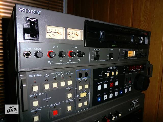 продам Студийный видеомагнитофон Betacam SP Sony PVW-2800P бу в Киеве