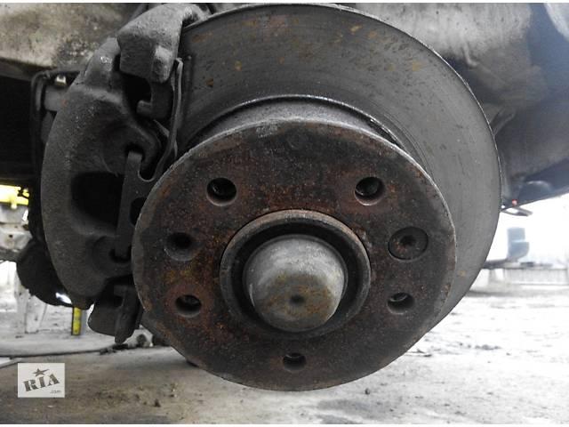 купить бу Ступица задняя/передняя 2.2, 2.7 CDi Mercedes Sprinter Мерседес Спринтер W 903, 901 в Ровно