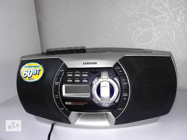 Стильная магнитола с CD и радио Samsung RCD-590- объявление о продаже  в Полтаве