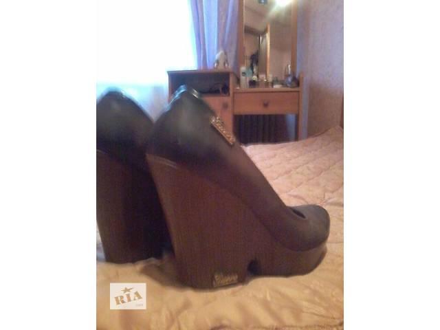 купить бу Стильные туфли Турция кожа в Покровске (Красноармейске)