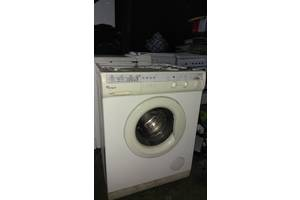 б/у Фронтальные стиральные машинки Whirlpool