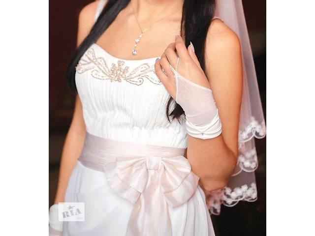 продам платье дизайнерский замысел, ручная работа б/у для женщин бу в Хмельнике (Винницкой обл.)