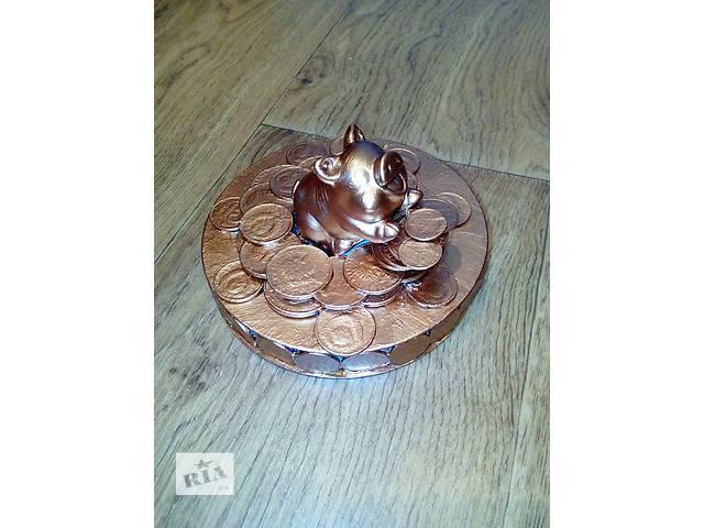 бу Сувенир свинья на монетах в Херсоне