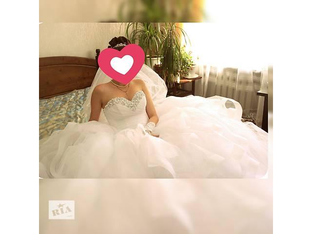 купить бу Свадебное платье в идеальном состоянии , размер 40-44 в Одессе