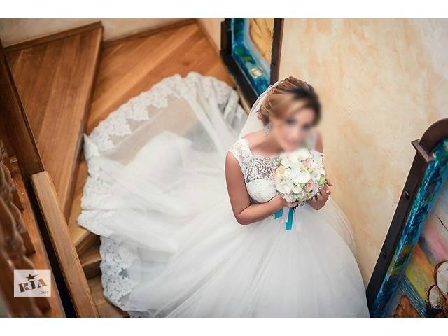 Свадебное платье)- объявление о продаже  в Днепре (Днепропетровске)