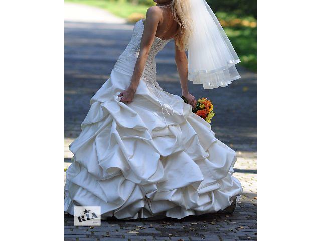 Свадебное платье цвета шампань- объявление о продаже  в Дрогобыче
