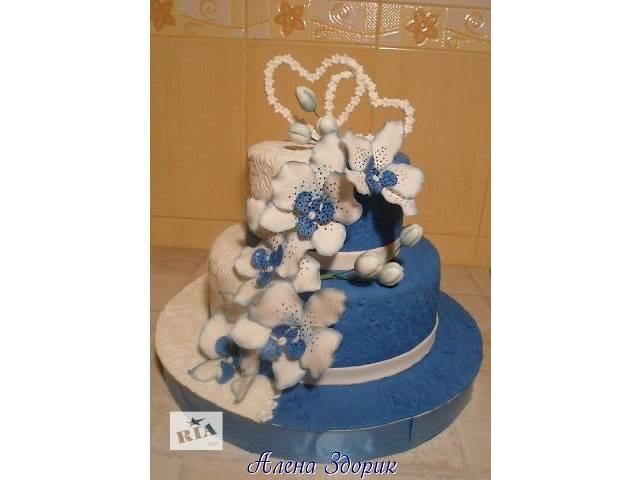 бу Свадебный бело-синий 2-х ярусный торт с белыми серцами и орхидеями  в Киеве