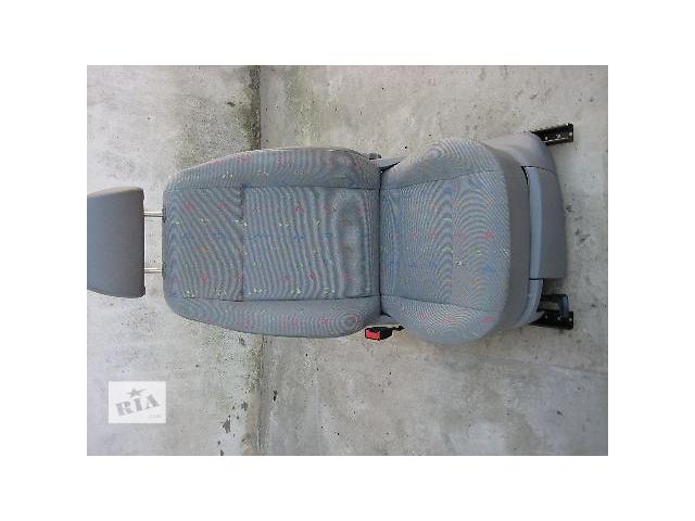 продам  Сиденье для легкового авто Volkswagen Caddy 2009 бу в Яворове (Львовской обл.)