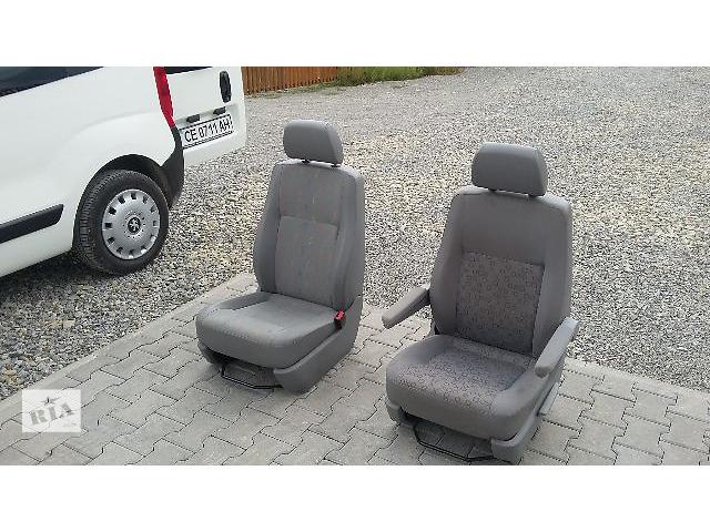 продам  Сиденье для легкового авто Volkswagen T5 (Transporter) бу в Черновцах