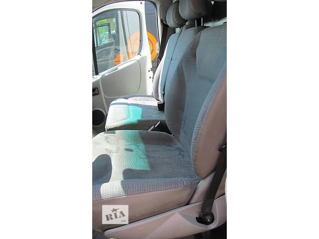 купить бу Сиденье пассажирское одинарное, двойное Renault Trafic Рено Трафик Opel Vivaro Опель Виваро Nissan Primastar в Ровно