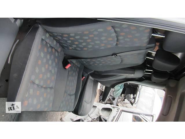 купить бу Сиденье переднее пассажирское, сидіння двойка Mercedes Vito (Viano) Мерседес Вито (Виано) V639 (109, 111, 115) в Ровно