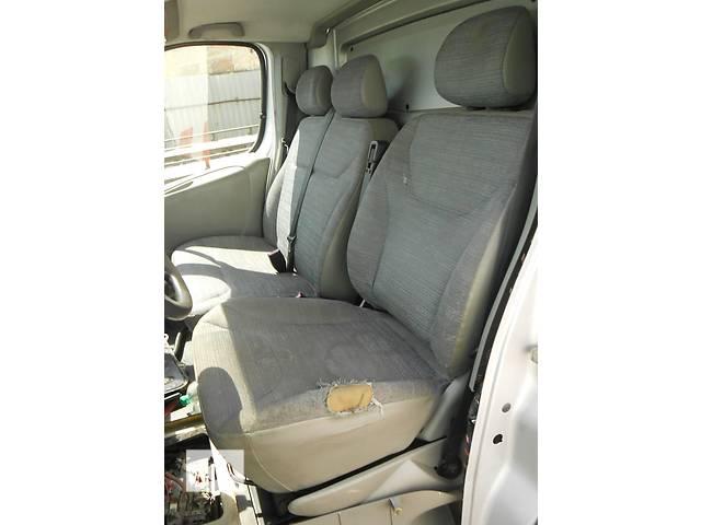 бу Сиденье, сидіння Renault Trafic 1.9, 2.0, 2.5 Рено Трафик (Vivaro, Виваро) 2001-2009гг в Ровно