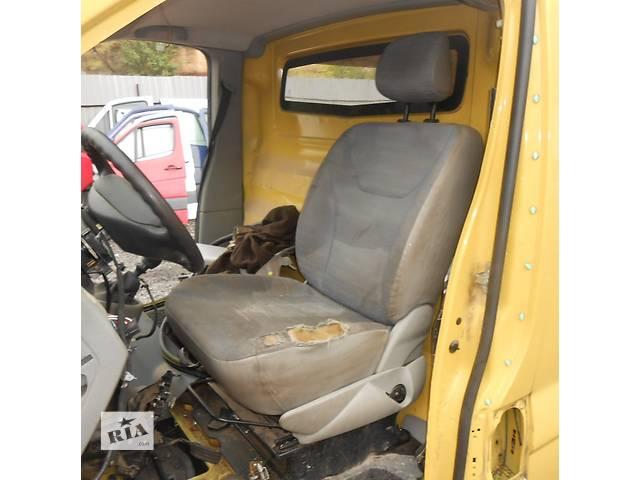продам Сиденье водительское, водителя Opel Vivaro Опель Виваро Renault Trafic Рено Трафик Nissan Primastar бу в Ровно