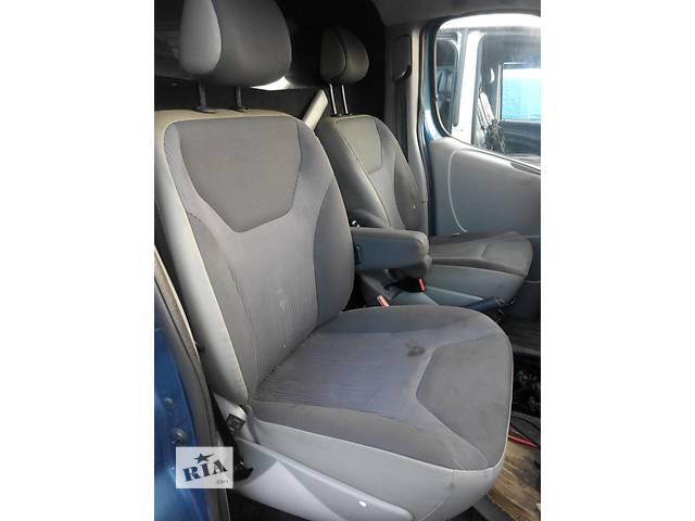 Сиденье водительское, водителя Opel Vivaro Опель Виваро Renault Trafic Рено Трафик Nissan Primastar- объявление о продаже  в Ровно