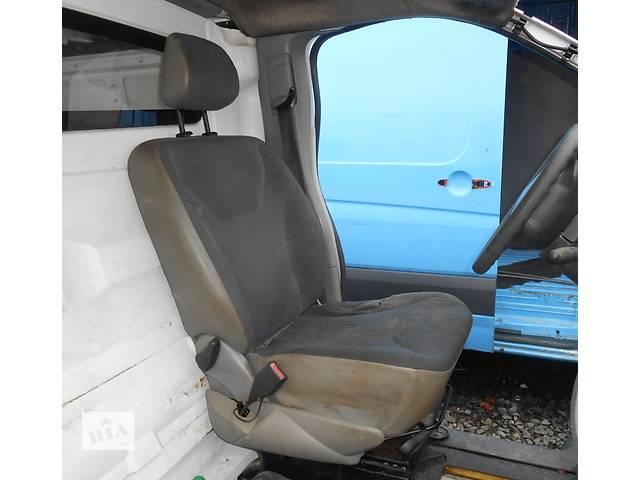 купить бу Сиденье водительское, водителя Renault Trafic Рено Трафик Opel Vivaro Опель Виваро Nissan Primastar в Ровно