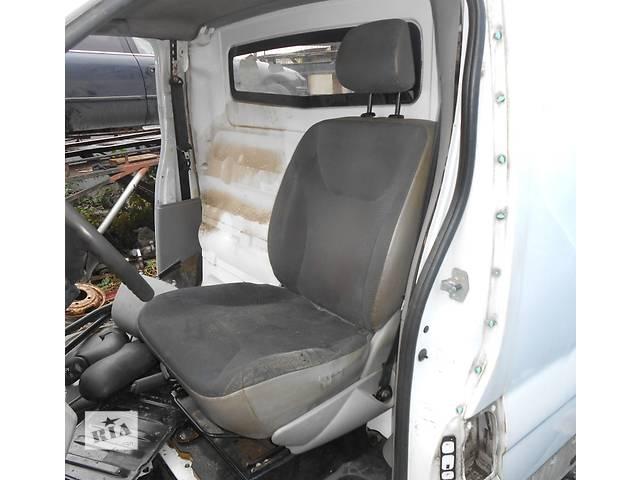 продам Сиденье водительское, водителя сидіння водія Nissan Primastar Ниссан Примастар Opel Vivaro Опель бу в Ровно