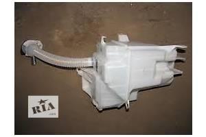 Новые Бачки омывателя Toyota Rav 4