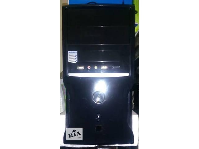продам системный блок Inte 2,80гГерц 240жесткий озу1000  в отличном состоянии .. бу в Киеве
