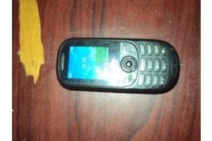 б/у Мобильные телефоны, смартфоны Fly Fly DS105 Black Red