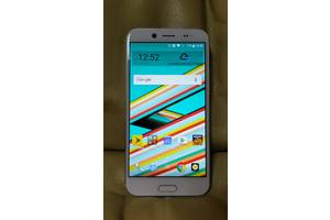 б/у Сенсорные мобильные телефоны HTC