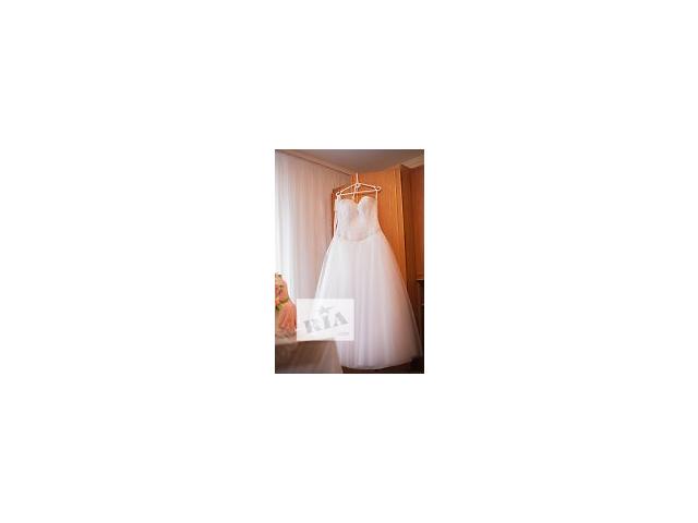 Терміново продам весілдьну сукню- объявление о продаже  в Луцке