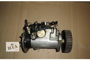 б/у Топливный насос высокого давления/трубки/шест Renault Rapid