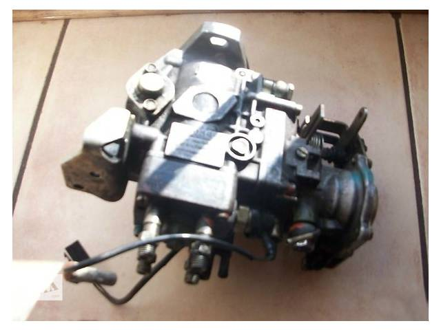 Топливная система Топливный насос высокого давления/трубки/шест Isuzu Midi 2.4 TD- объявление о продаже  в Ужгороде