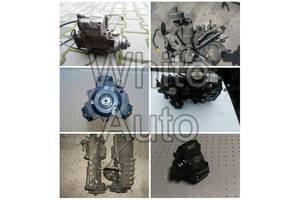 б/у Топливный насос высокого давления/трубки/шест Mercedes 207