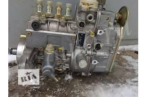 б/у Топливные насосы высокого давления/трубки/шестерни Mercedes 609 груз.