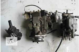 б/у Топливные насосы высокого давления/трубки/шестерни Mercedes 811 груз.