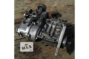 б/у Топливные насосы высокого давления/трубки/шестерни Mercedes Sprinter 208