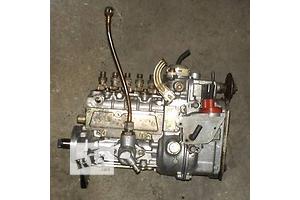 б/у Топливный насос высокого давления/трубки/шест Mercedes 190