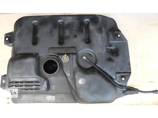 Топливный бак, паливний бак Renault Trafic 1.9, 2.0, 2.5 Рено Трафик (Vivaro, Виваро) 2001-2009гг- объявление о продаже  в Ровно