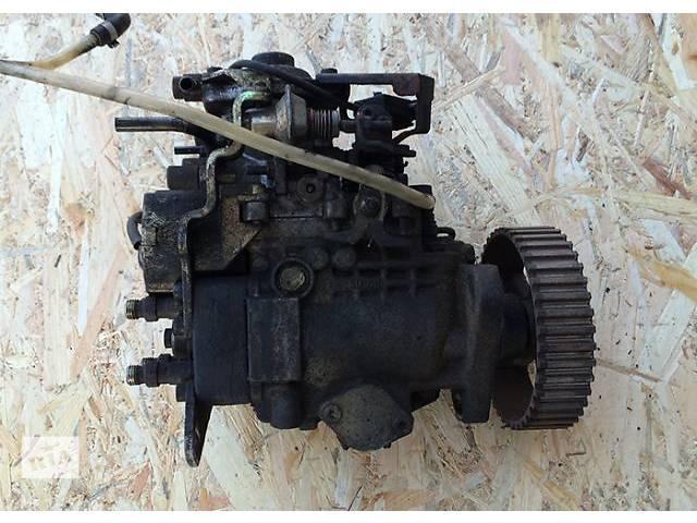 купить бу Топливный насос ТНВД Fiat Scudo Ulysse Citroen Jumpy Evasion Peugeot Expert 806 1.9 TD ТД 9625419380 в Ковеле