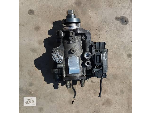 купить бу Tопливный насос высокого давления для Opel Vectra C 2.2 DTI в Ковеле